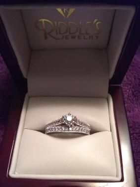 Riddles Jewelry Engagement Ring Set