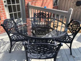 outdoor Patio Table And Chairs Plus Chaise Loungers