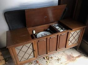 Vintage Zenith Record Player Am Fm