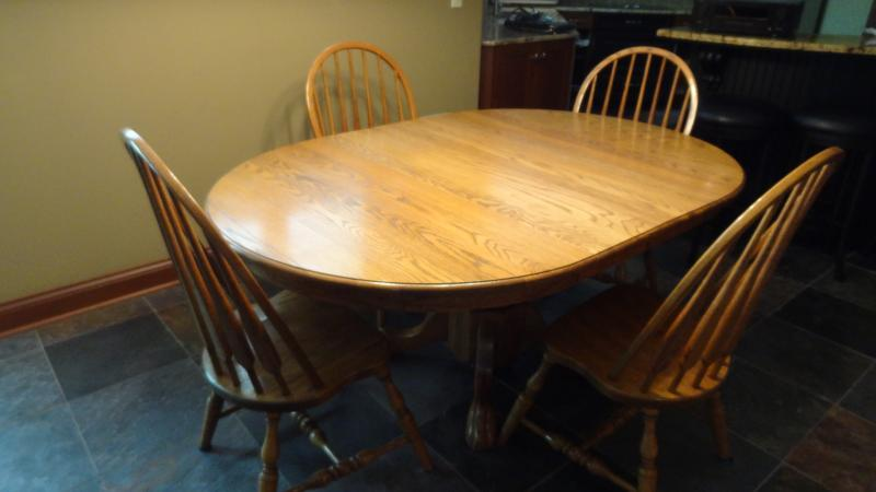 Cleveland : Amish Dining Table With 6 Chairs Furniture for ...